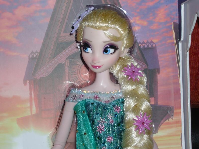 Disney Store Poupées Limited Edition 17'' (depuis 2009) - Page 37 P1110811