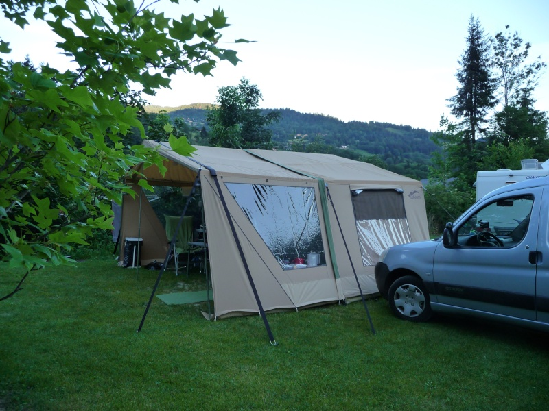 CHAMONIX - tentes vues cette année au camping - Page 2 P1000510