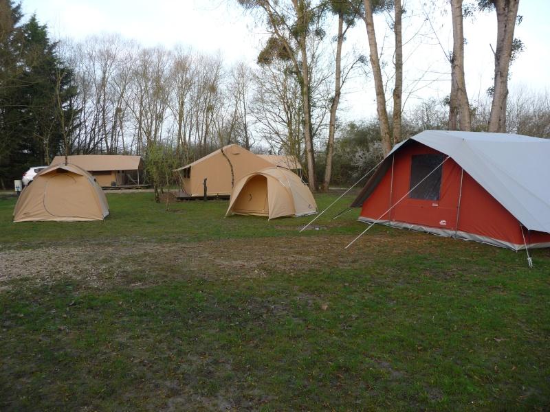 Question sur tente 2/3 places P1000511