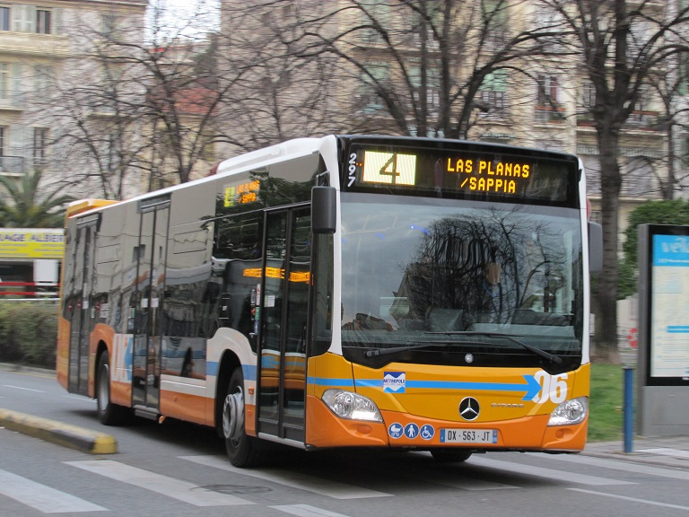 Nouveaux bus RLA : Citaro C2 Img_5511