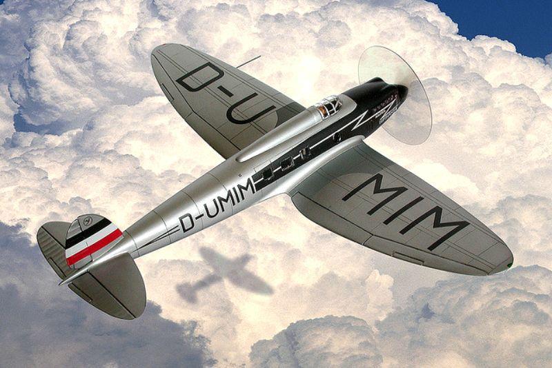 [Revell] - Heinkel He 70F-2 décor Lufthansa 1935 He70-011