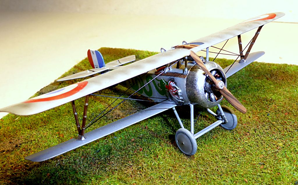 Concours 1ere Guerre Mondiale: [Eduard] Nieuport Ni-17 Sgt Boyau - Page 6 Ni-17_11