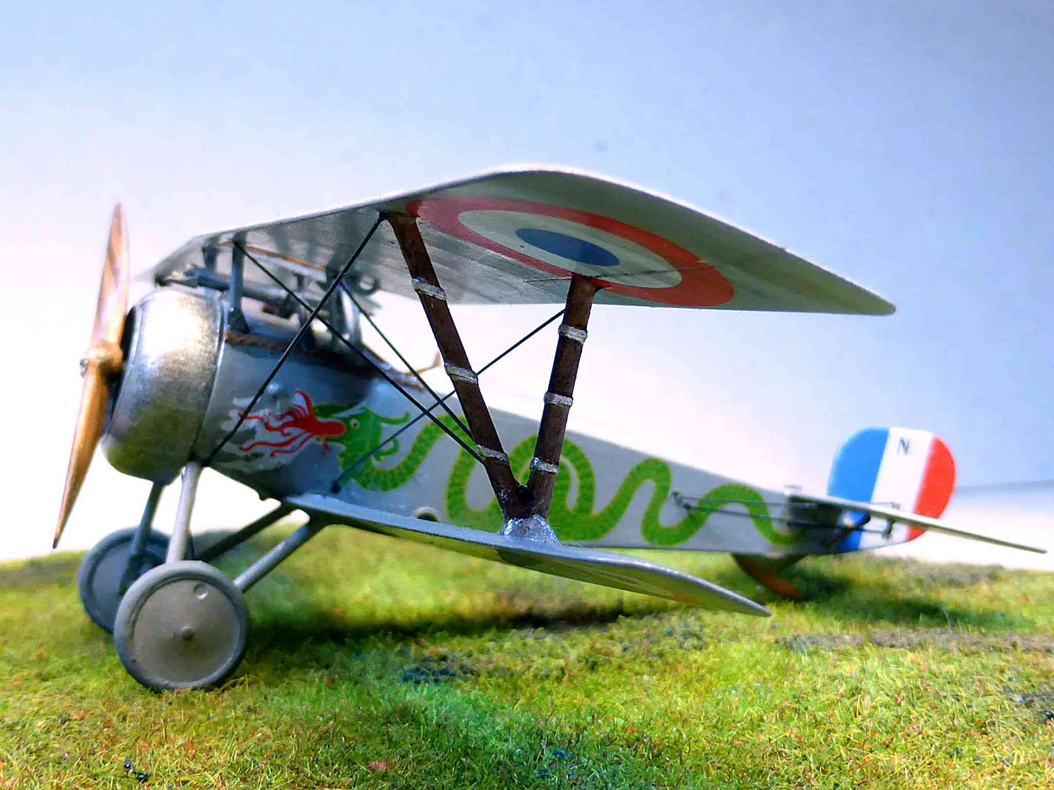 Concours 1ere Guerre Mondiale: [Eduard] Nieuport Ni-17 Sgt Boyau - Page 6 Ni-17_17