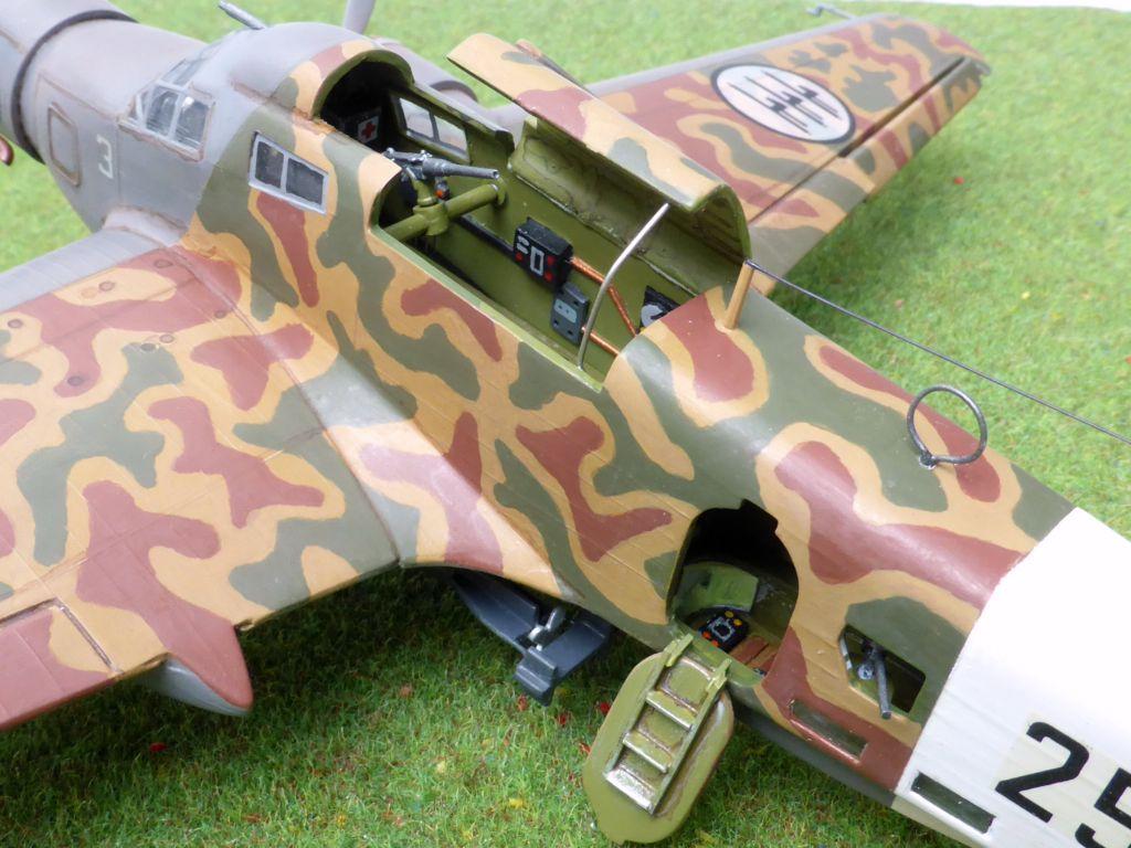 [Airfix] Savoia-Marchetti SM-79 vintage de 1967 - 1/72 Sm79-915