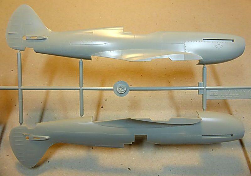 [ACADEMY] Spitfire Mk XIVc 1/48 Smk14c22