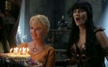 Xena a soufflé ses 25 bougies!  Captur11