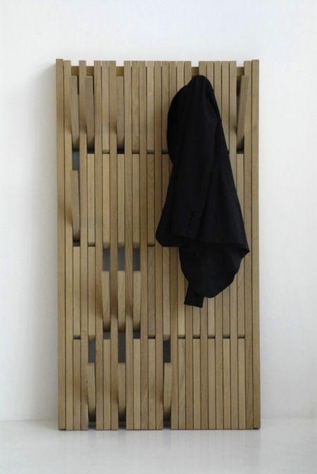 Un porte manteaux E5c44610