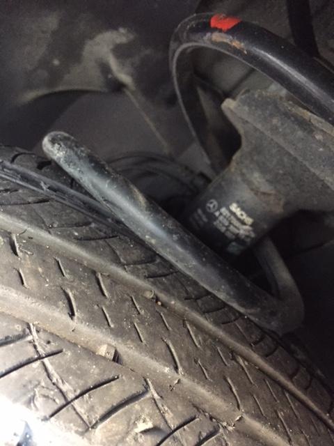 Ressort suspension AR cassé Img_0110