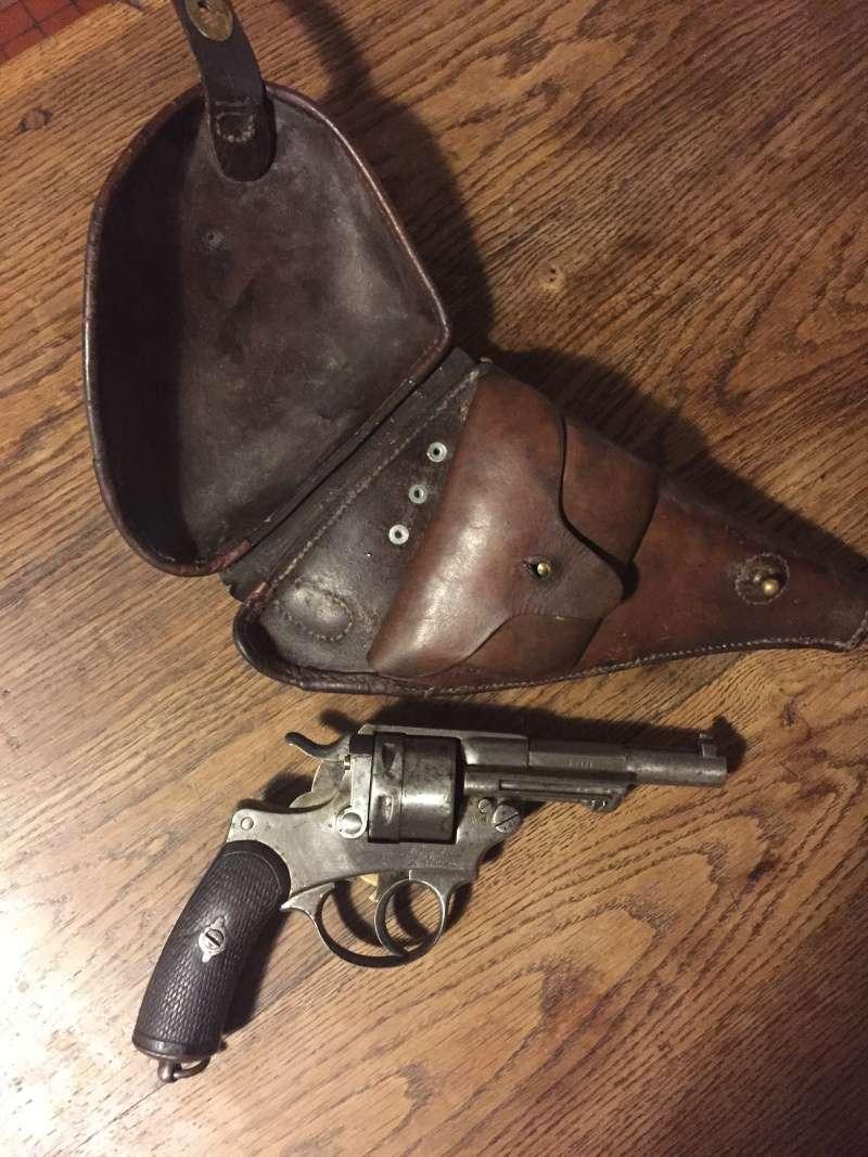 Revolver modèle 1873 et son étui jambon 01312
