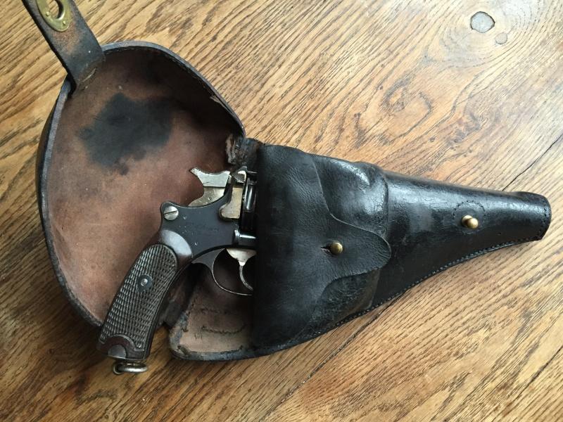 Revolver Saint-Etienne modèle 1892 série H année 1915 03510