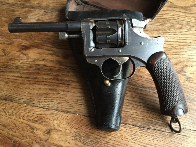 Revolver Saint-Etienne modèle 1892 série H année 1915 03610