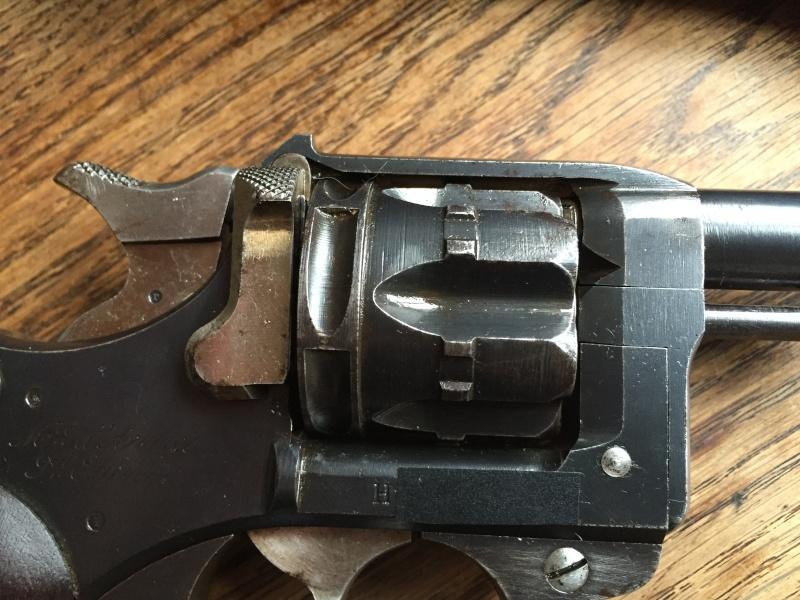 Revolver Saint-Etienne modèle 1892 série H année 1915 03911