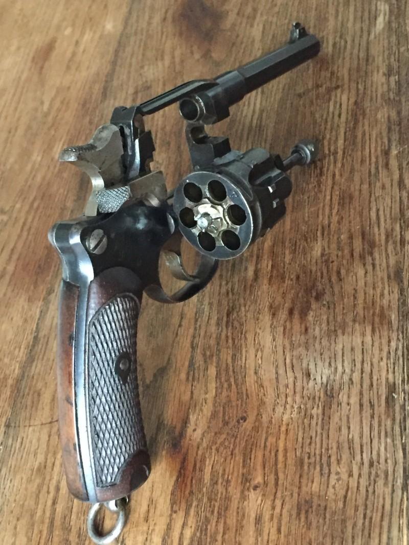 Revolver Saint-Etienne modèle 1892 série H année 1915 04410