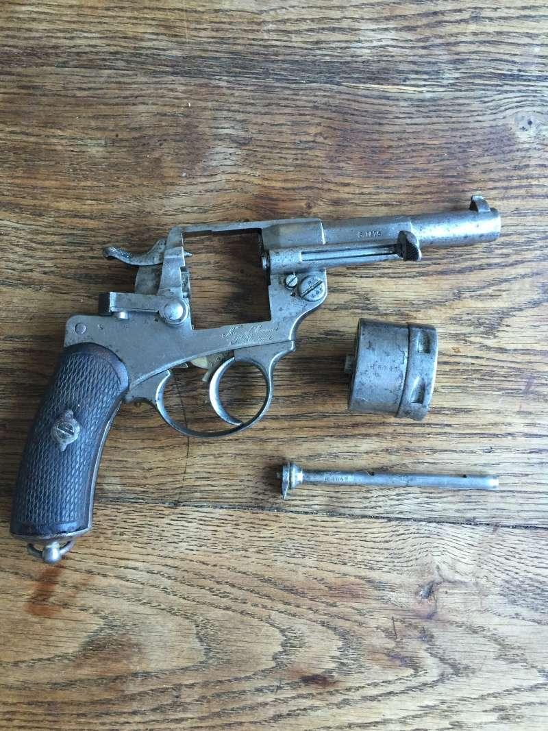 Revolver modèle 1873 et son étui jambon 06310