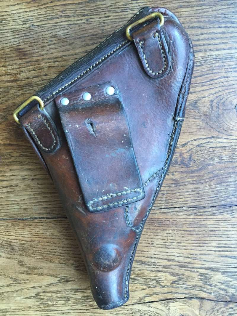 Revolver modèle 1873 et son étui jambon 08210
