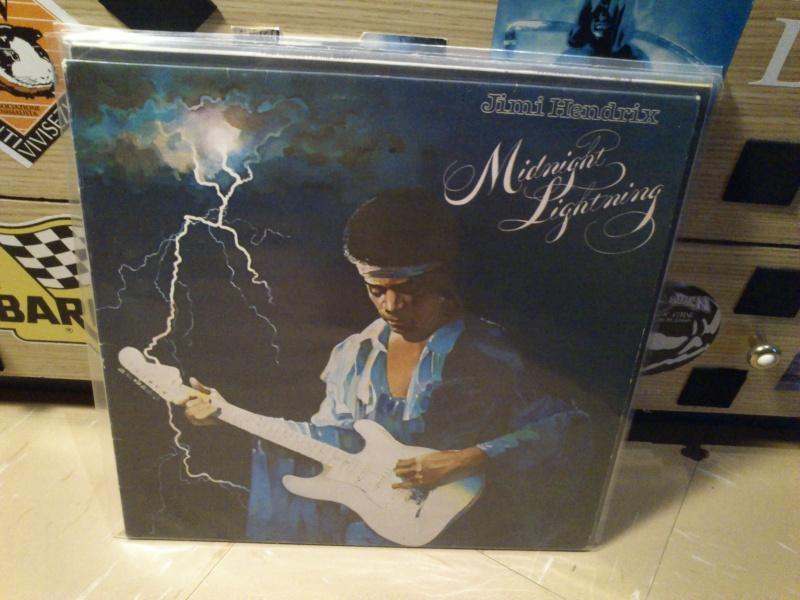 Jimi Hendrix 2016-011