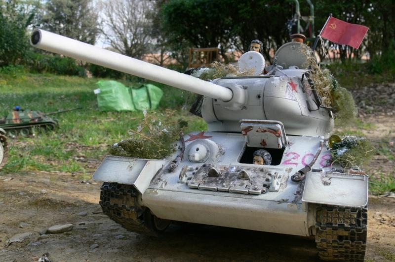 T34/85 Full-Metal con elettronica Taigen P1100812