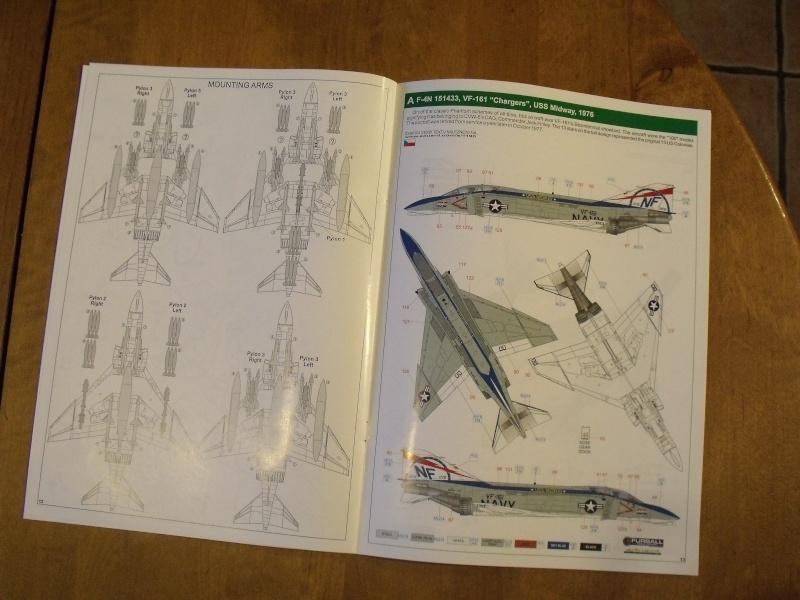 F-4 B Phantom 1/48° - VF-51 - 1972 - Début de patine. Dscf6352