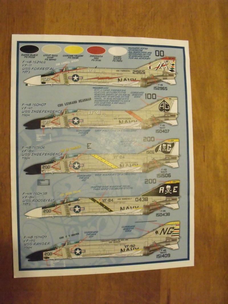 F-4 B Phantom 1/48° - VF-51 - 1972 - Début de patine. Dscf6416