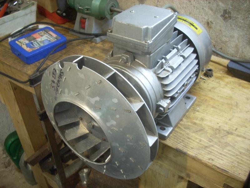 Fabrication d'un aspirateur à copeaux Dscn2712