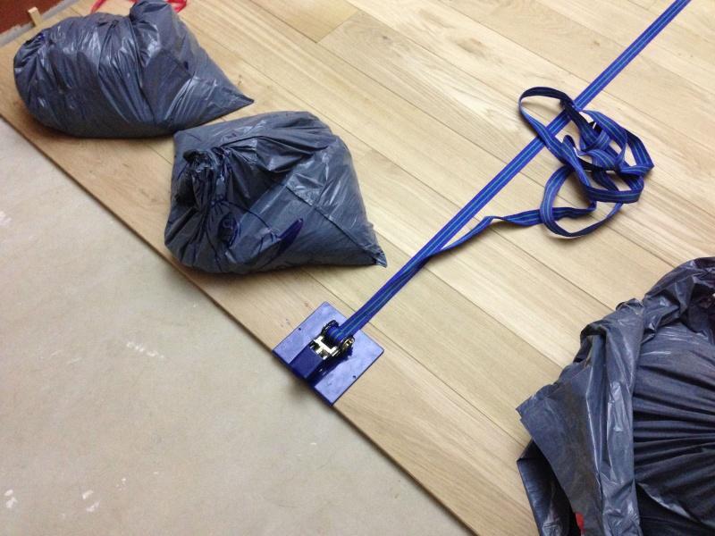 parquet massif chene - Pose d'un parquet chêne collé sur plancher chauffant Img_4215