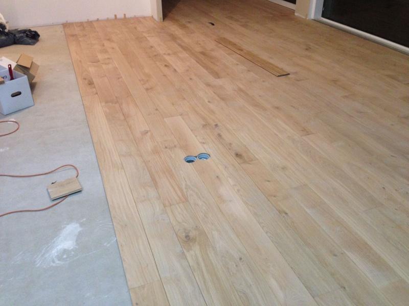 parquet massif chene - Pose d'un parquet chêne collé sur plancher chauffant Img_4310