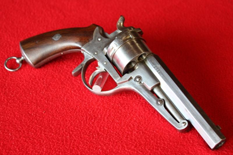 Revolver Galand modèle 1868 (2ème type) Img_2110