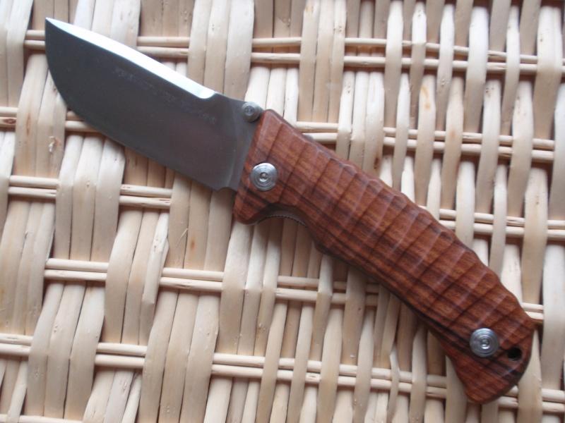 La collection de Couper au couteau - Page 4 P1263211