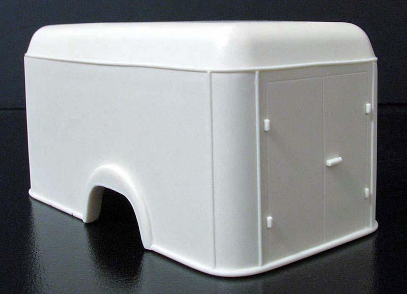 "FORD COE 1952 (4 portes) box cargo ""MOONEYES"": terminé 11218612"