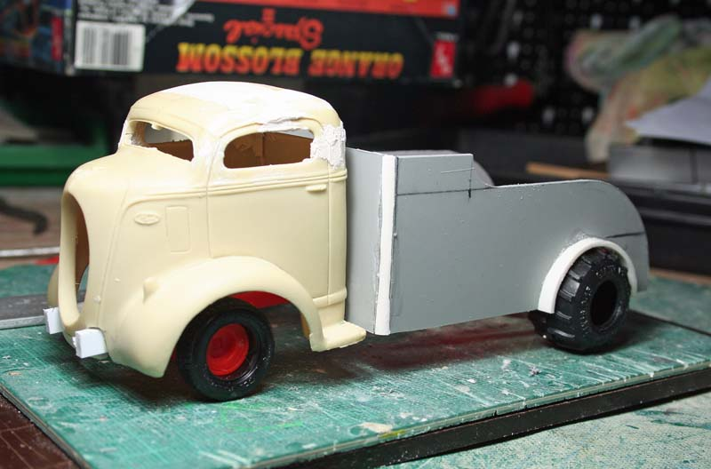 """FORD 1938 COE """" pulling"""": terminé Img_5811"""