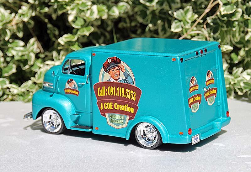 """FORD 1948 COE """"box van"""" : Terminé !!!! Img_9413"""
