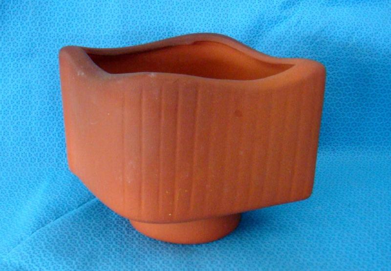 Hand ceramics terracotta vase and sticker Dsc08912