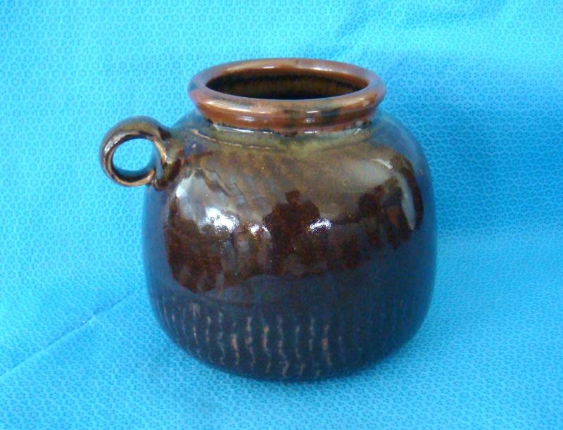 Ross Richards of Thackwood Pottery. Dsc08916