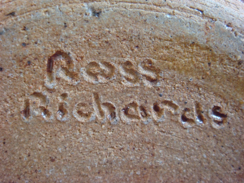 Ross Richards of Thackwood Pottery. Dsc09414