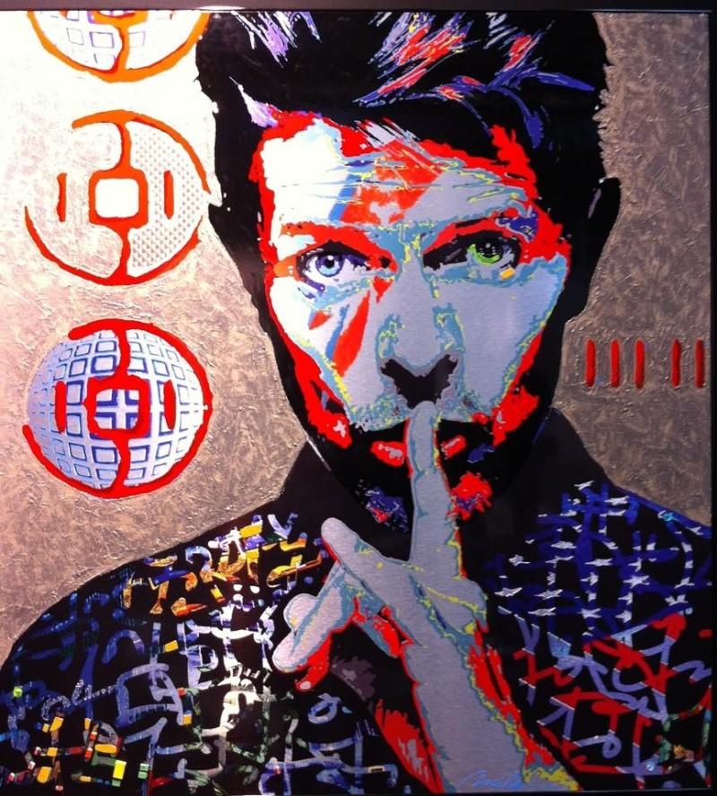 RC Decouverte apprécie et soutien l'artiste contemporaine Mila en participant à ses oeuvres Artist11