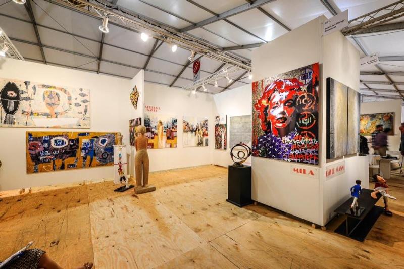 RC Decouverte apprécie et soutien l'artiste contemporaine Mila en participant à ses oeuvres Artist12