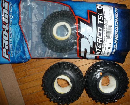 Quels pneus sont livrés sur les Axial Scx10, Que Valent les pneus Axial d'origine, En 1.9 ou 2.2, jantes et mousses sur Scale trial et Crawler Pneus-14