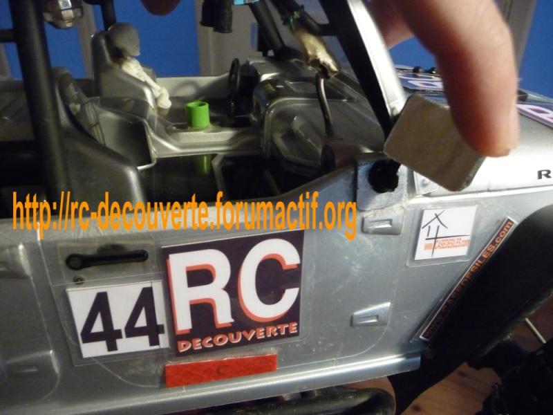 Rétroviseur arraché, Comment réparer une carrosserie Lexan ? Quelle colle utiliser ? Retrov11