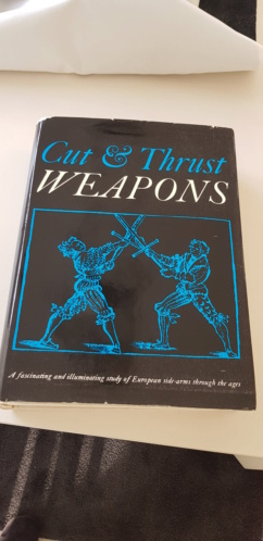 Livre Cut & Thrust Weapons 20210229