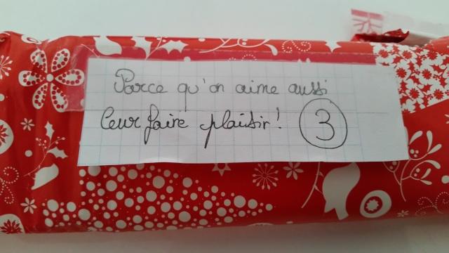 Père-Noël Surprise 2015 - Page 37 910