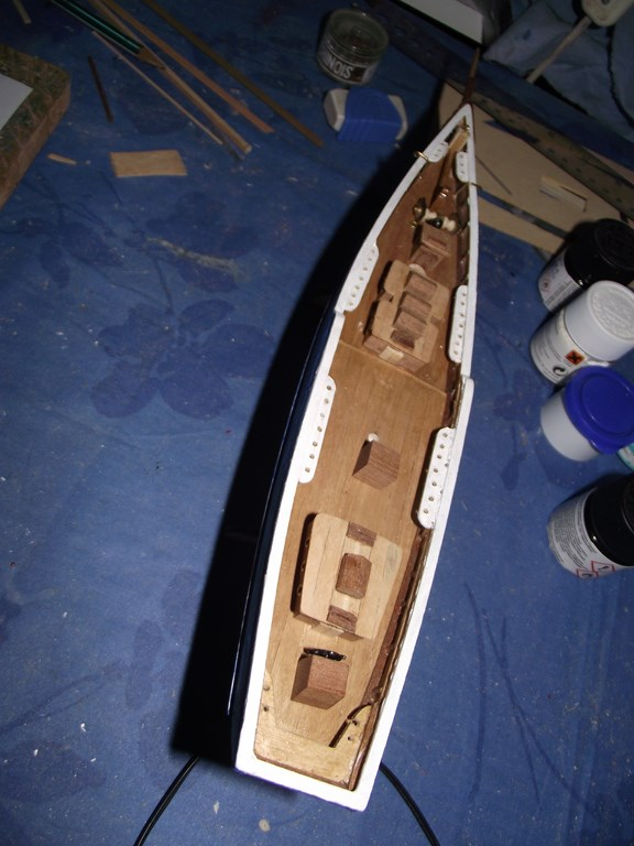 Bluenose  Constructo - Page 2 06410
