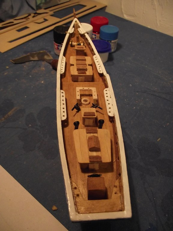 Bluenose  Constructo - Page 2 07010