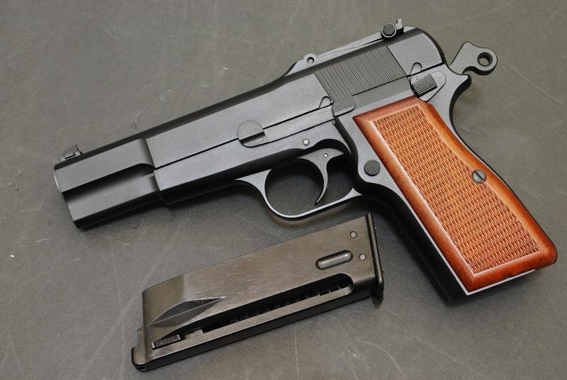 Meilleure réplique airsoft tout métal de Colt 1911 A1 ? - Page 2 We-bro10