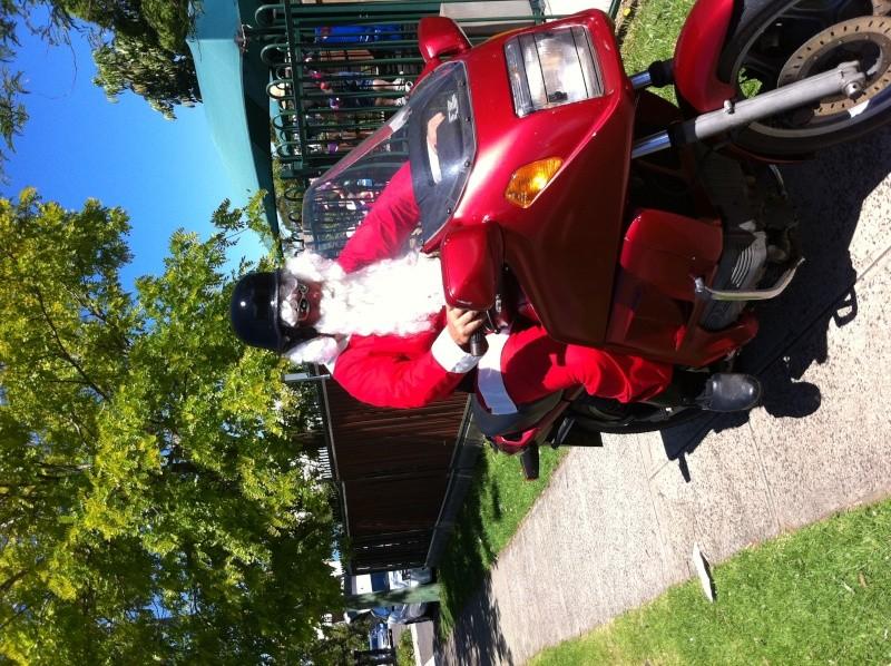 Santa must ride a K Img_0112