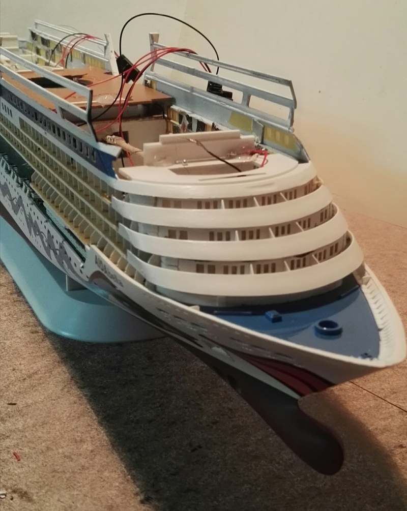 Mein Schiff -Aida Revell 1:400 -Aidabella - Seite 2 Img_2014