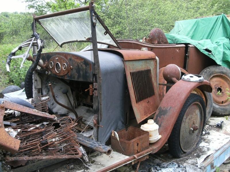 Les voitures abandonnées/oubliées (trouvailles personnelles) - Page 5 Dscf4813