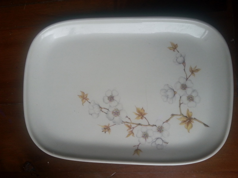 What number is this vitrified 'Sandwich Tray' ?  It;s an 8616. 2016-012