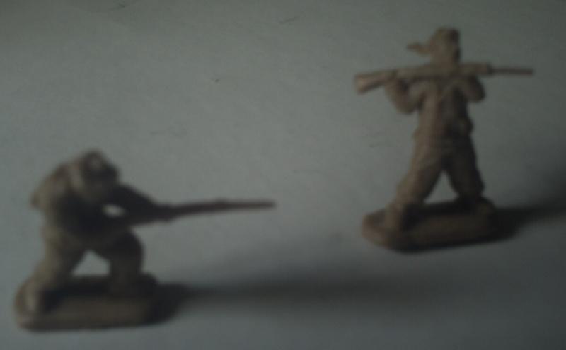Les SACCOS de Red Box - échelle : 1/72. Corps_11