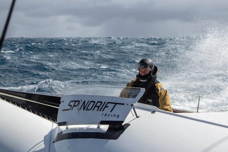 IDECSport - Francis Joyon autour  du monde ........en équipage - Page 5 A_ajv113