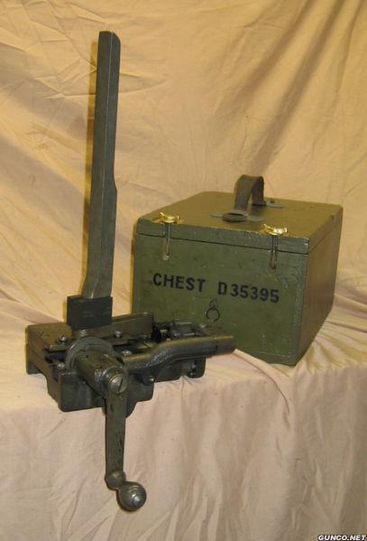 Recherche garnisseuse de bande US model 1918 Belt_l10